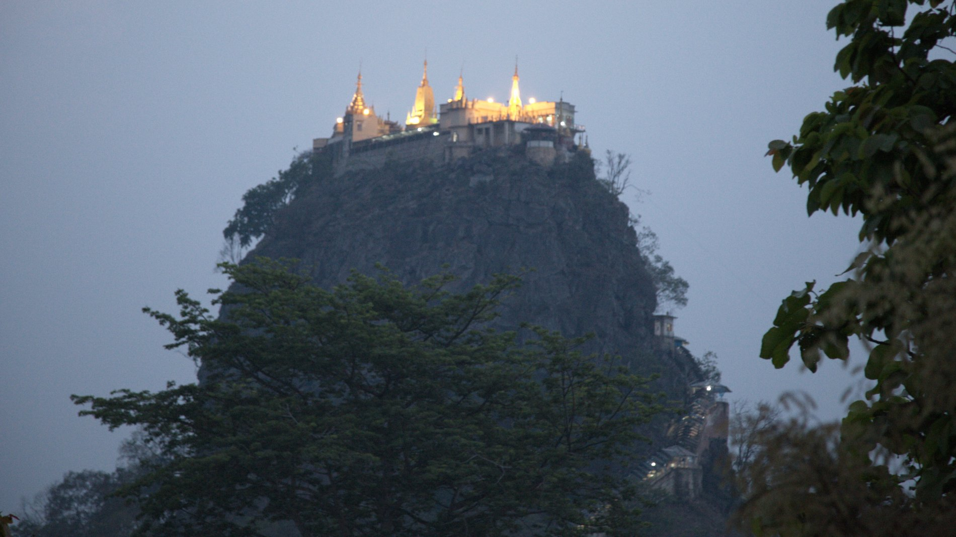 Mount_Popa_19.jpg-commment