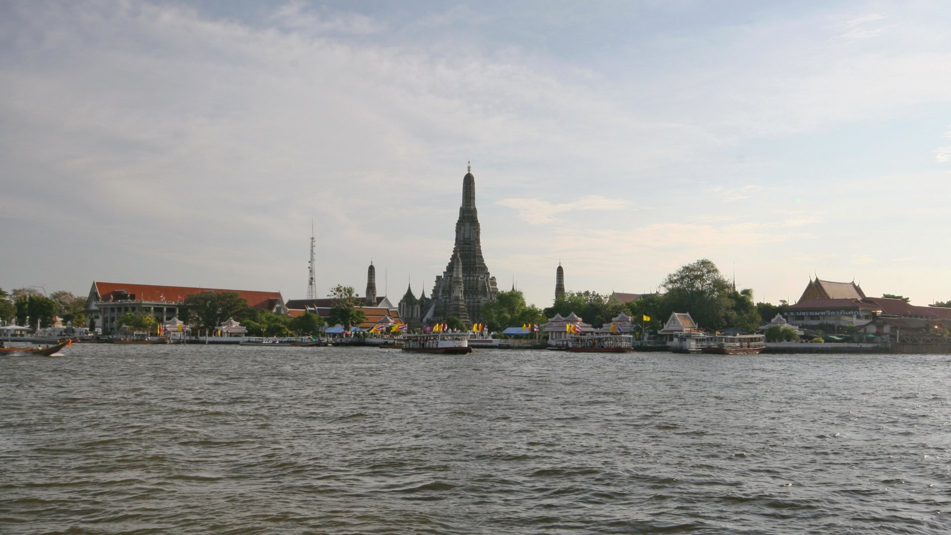 Wat Arun-010.JPG-commment