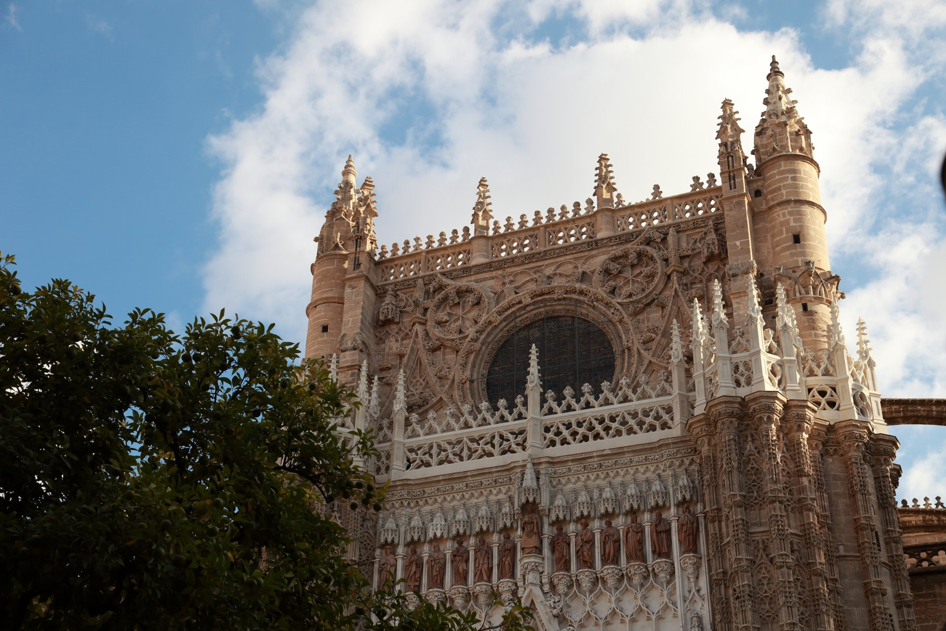 Seville-10.JPG-commment