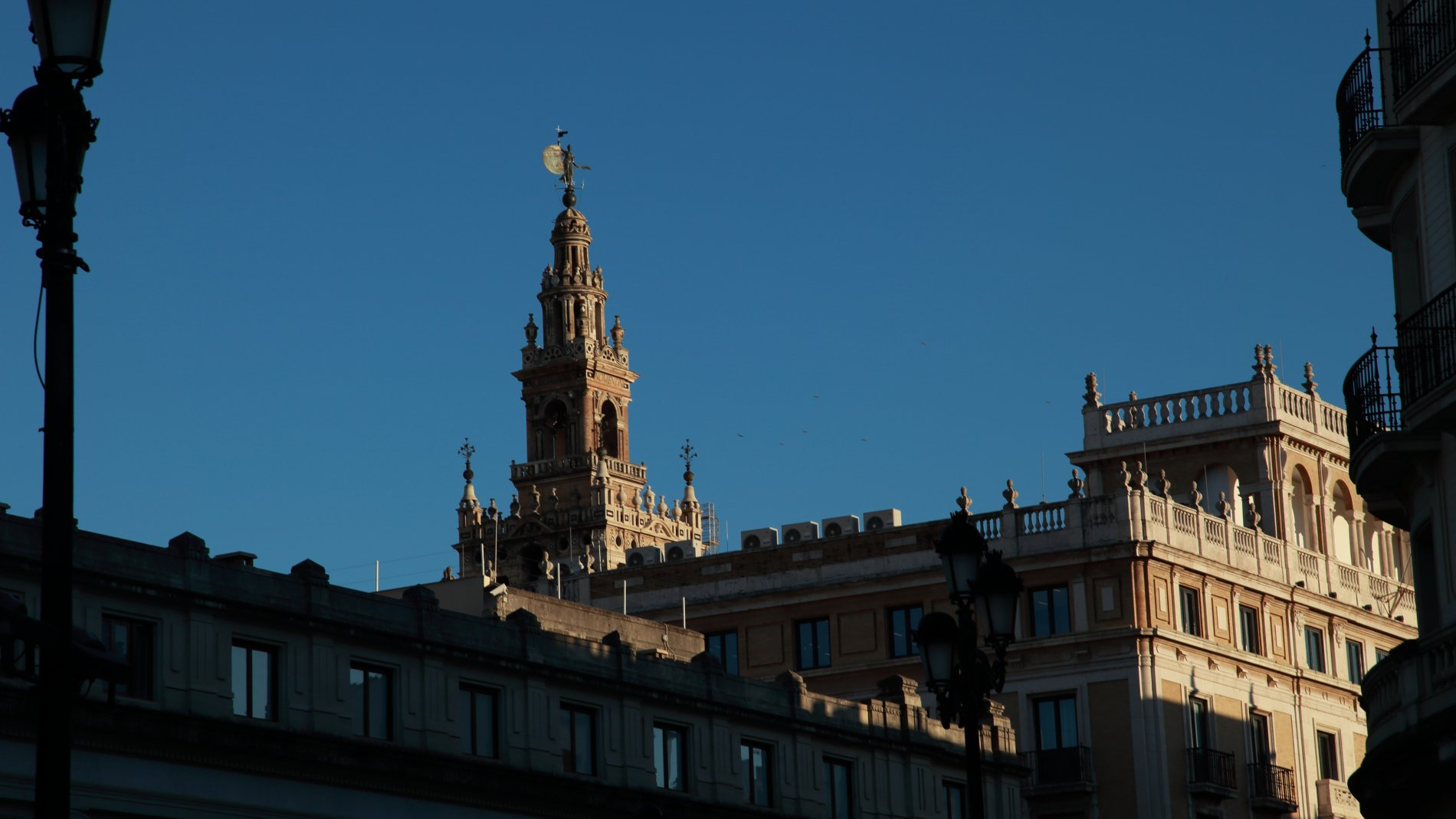 Seville-18.JPG-commment
